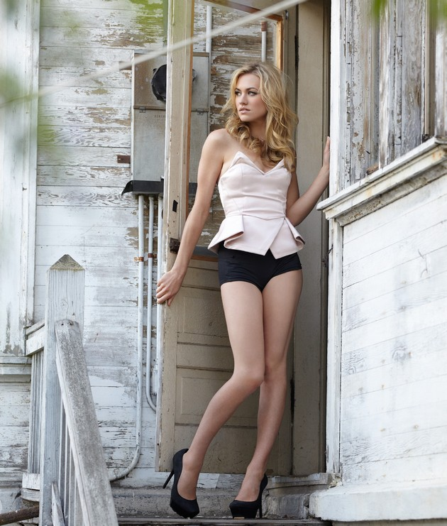 Yvonne Strahovski who is currently playing in tv serial Chuck is one of the ...