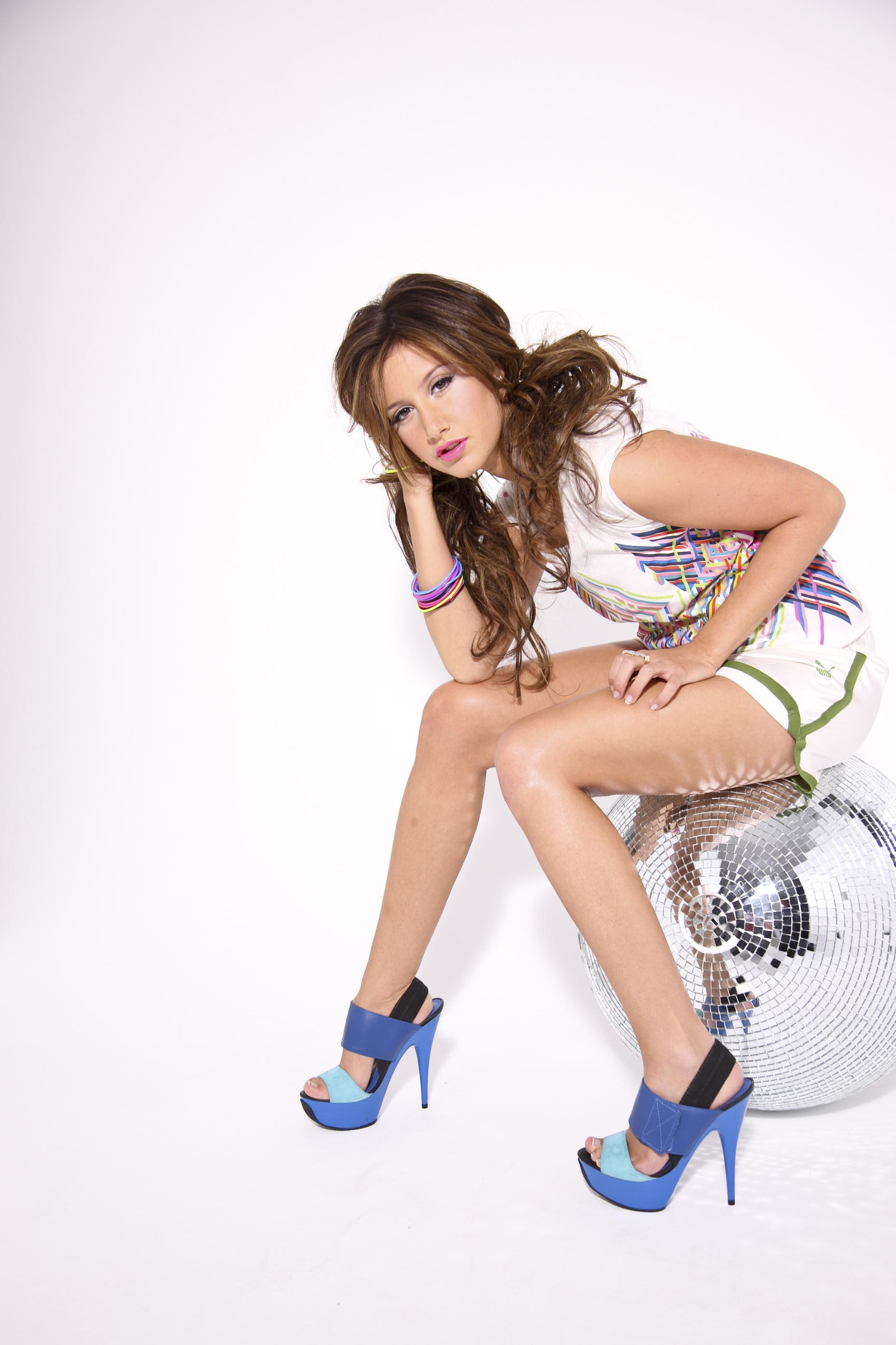 Ashley_Tisdale_-_2009_Derrick_Santini_PS_for_Sugar_Magazine_x1