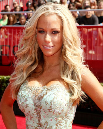kendra-wilkinson-liposuction