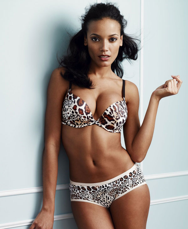 selita-ebanks-on-fire-3