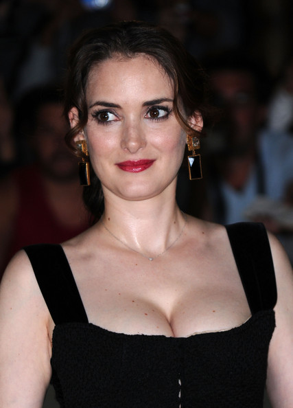 winona ryder love issues