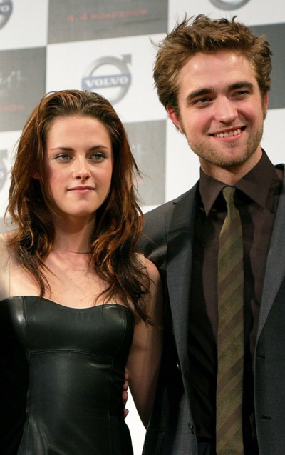 Robert Pattinson and Kristen Stewart are finally over