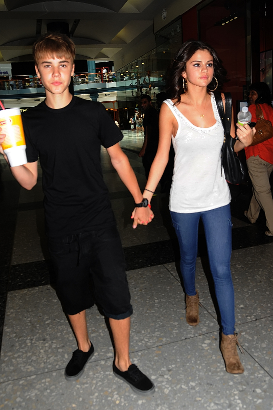 Justin Bieber and Selena Gomez out for a soda