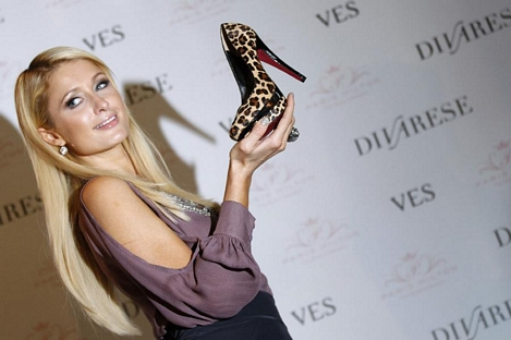 Paris Hilton shoes in Turkey