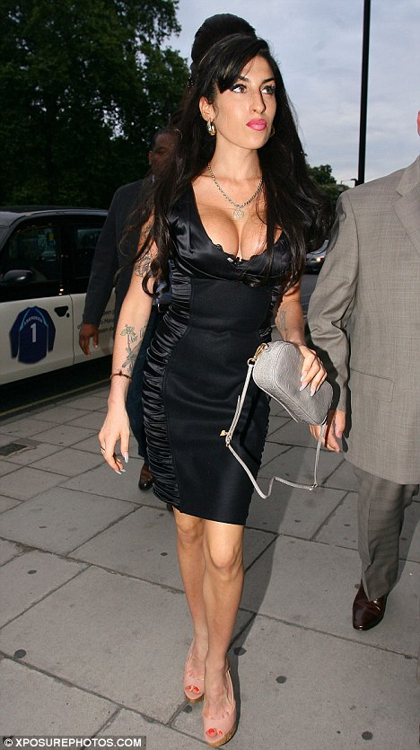 Amy Winehouse black to black dress