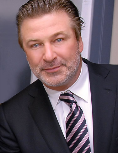 alec-baldwin-flight-2012