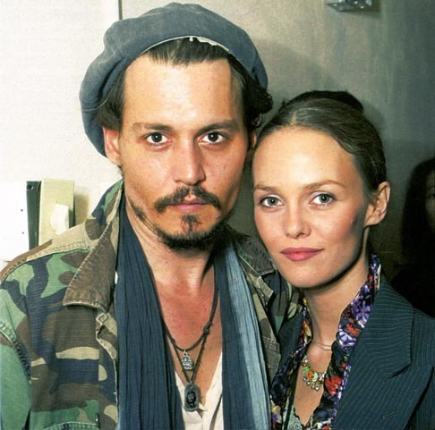 johnny-depp-vanessa-paradis-over
