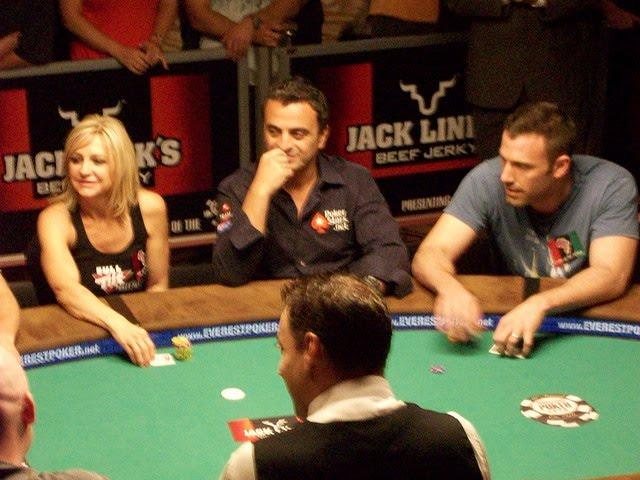 кто играет в казино из знаменитостей